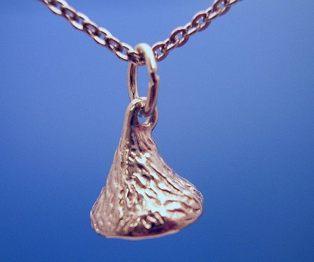 Jcferrara hersheys kiss sm mini kiss silver necklace w18 hersheys kiss sm mini kiss silver necklace w18 chain mozeypictures Image collections